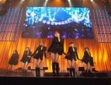 『X'masプレミアムLIVE』初日公演を行ったT-ARA
