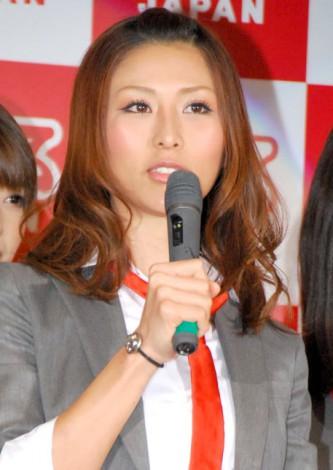 『アリスJAPAN 2012 プレスカンファレンス』に出席した朝日奈あかり (C)ORICON DD inc.