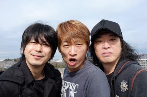 ユニコーンのメンバー3人が新バンド「電大」発足!(写真左から:EBI、川西幸一、手島いさむ)