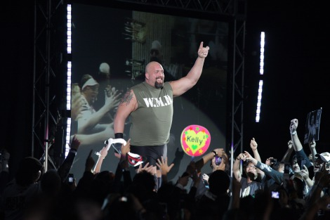 ビッグショー入場=昨年の横浜アリーナ公演の模様 (C)2012 WWE, Inc.  All Rights Reserved.