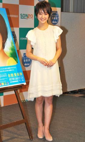 『2011年度自賠責保険』広報キャンペーンキャラクターを務める剛力彩芽 (C)ORICON DD inc.