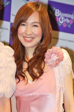 南野陽子(44)、森口博子(43)、西村知