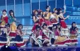 新曲「ぐぐたすの空」を初披露したAKB48の「ぐぐたす」選抜のメンバー