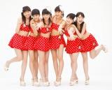 「日本一スカートの短いアイドルグループ」スマイレージが初の水着風衣装