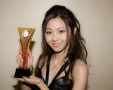 アジア最大の音楽祭『チャンネルV チャイニーズ・ミュージック・アワード』で「日本人歌手音楽賞」に輝いた倉木麻衣