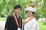 東貴博(左)と安めぐみ