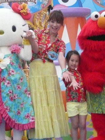 「大人と子どもが、服装など気にすることなくびしょ濡れになれる楽しいイベントです!」とコメントする新山千春 (C)ORICON DD inc.