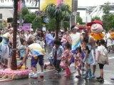 「夏の暑い気候で濡れた洋服等はすぐに乾くこともあり、自ら水を浴びに行く積極的な来園者も多い」と担当者 (C)ORICON DD inc.