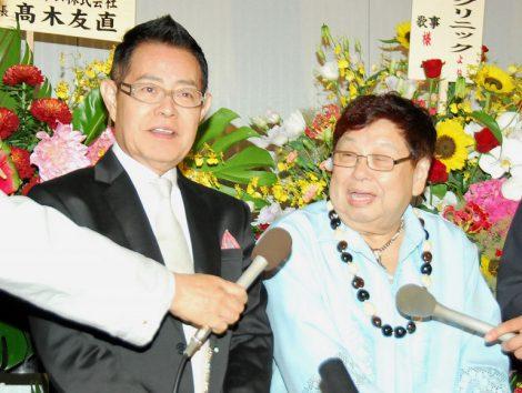 ドリフ2ショットも!仲本工事と三代純歌の結婚披露宴に出席した加藤茶(左)と高木ブー (C)ORICON DD inc.