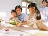 """高温・多湿の季節は""""食中毒""""が心配… 家庭でできる予防法とは?"""