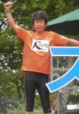 岩手〜宮城〜福島を縦断する『RUN FORWARD KANPEI みちのくマラソン』の開催を発表した間寛平