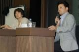 早稲田大学の講義に登壇した『BRAVE HEARTS 海猿』羽住英一郎監督(左)と臼井裕詞プロデューサー