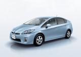 新車乗用車販売台数ランキング14ヶ月連続1位となったトヨタ『プリウス』