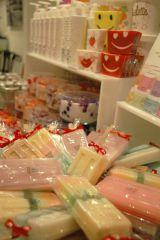 渋谷パルコにオープンした「Francfranc La Boutique」、アイスクリームソープ(840円)などのバスグッズも多数