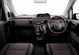 フルモデルチェンジした『ポルテ』&『スペイド』内装 (1.5G セパレートシート+快適温熱シート・運転席/(運転席アームレスト付)