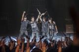 T-BOLANが17年ぶりの復活ステージ! 写真左から上野博文(B)、青木和義(Dr)、森友嵐士(Vo)、五味孝氏(G)