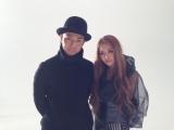 ピース綾部祐二(左)が主演ドラマの役柄でYU-A(右)の新曲MVに出演