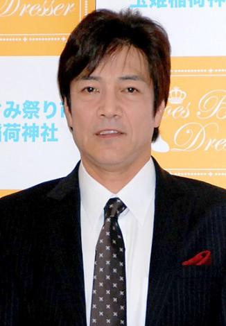 『第5回 シューズベストドレッサー賞』授賞式に出席した野口五郎