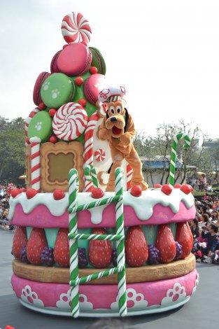 東京ディズニーランドのパレード「ディズニー・サンタヴィレッジ」 (C)ORICON DD inc.