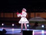 ジャパンカップが行われた東京競馬場のパドックで初の単独ライブを行った河西智美