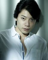舞台『碧空の狂詩曲〜お市の方外伝〜』に出演する兼崎健太郎
