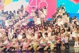 『第63回NHK紅白歌合戦』で「日本ラララ」〜「がんばろう」の2段階の人文字と、早着替えに挑んだAKB48 (C)ORICON DD inc.