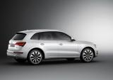 『Audi Q5 hybrid』側面。