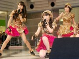 新曲「Help me!!」の新曲発売記念イベントを行ったモーニング娘。 (C)ORICON DD inc.