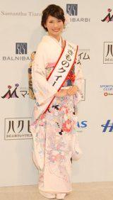 『きものクイーンコンテスト2013』グランプリに選ばれた臼井千晶さん (C)ORICON DD inc.