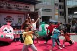 交通安全イベント『品川クラシックカーレビューイン港南』で披露された「ムジコロジー体操」
