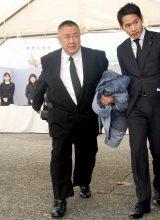 歌舞伎俳優の中村勘三郎さんの本葬に参列した松村邦洋 (C)ORICON DD inc.