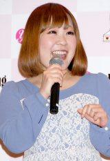 AKB48・柏木由紀のソロデビューシングル「ショートケーキ」発売記念イベントに駆けつけたスピリチュアル女子大生のCHIE (C)ORICON DD inc.