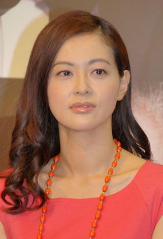 髪のアクセサリーが素敵な黒谷友香さん