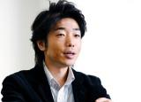 アプリ『P-LIFE』の開発担当者である湯浅晃氏
