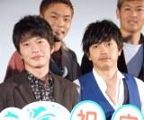 """""""雨待ち""""で親交を深めたことを明かした(左から)田中圭と青柳翔 (C)ORICON NewS inc."""