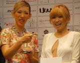 『SSFF&アジア2013』オープニングセレモニーに登場した(左から)蜷川実花と倖田來未 (C)ORICON NewS inc.
