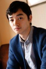 演技の幅を見せる、5位の染谷将太 (撮影:片山よしお)