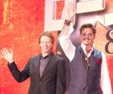 映画『ローン・レンジャー』ジャパンプレミアに出席した(左から)ジェリー・ブラッカイマー、ジョニー・デップ (C)ORICON NewS inc.