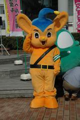 東京湾岸警察署主催の交通安全イベントに登場したピーポくん (C)ORICON DD inc.