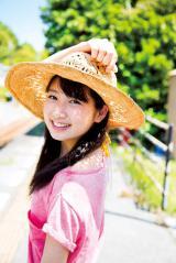13年7月にデビューした上野優華は、キングレコードの「Dream Vocal Audition」で「ヤングマガジン賞」を獲得した