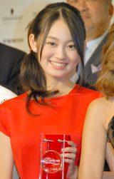 美容週間振興協議会『The Best of Beauty2013』10代部門で選出された吉本実憂 (C)ORICON NewS inc.