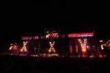 B'zデビュー25周年を飾るシンボルが印象的だったステージ