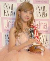 『ネイルクイーン 2013』授賞式に出席した板野友美 (C)ORICON NewS inc.