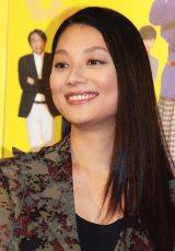 NHK BSプレミアムドラマ『花咲くあした』でセーラー服姿を披露する小池栄子 (C)ORICON NewS inc.