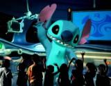東京ディズニーランドが『リロ&スティッチ』題材の新アトラクションを導入(写真は香港ディズニーランド・リゾートのアトラクション「スティッチ・エンカウンター」) (C)Disney