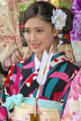 『2014年飛躍祈願 晴れ着初詣』に出席したE-girls・藤井夏恋 (C)ORICON NewS inc.