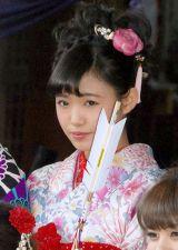 『2014年飛躍祈願 晴れ着初詣』に出席したE-girls・山口乃々華 (C)ORICON NewS inc.