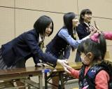 自身も被災者のAKB48岩田華怜は故郷の宮城を訪問(=11日、石巻総合体育館)(C)AKS