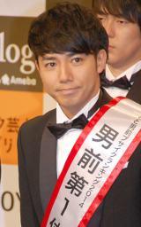 3年連続で「よしもと男前芸人」第1位に選ばれ、殿堂入りとなったピース・綾部祐二 (C)ORICON NewS inc.