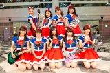 """念願の""""バンド版""""PASSPO☆をお披露目し笑顔のメンバー"""